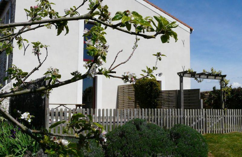2014-gite-la-cave-la-gaillotière-st-fiacre-44-HLO-côté jardin des 2 gîtes