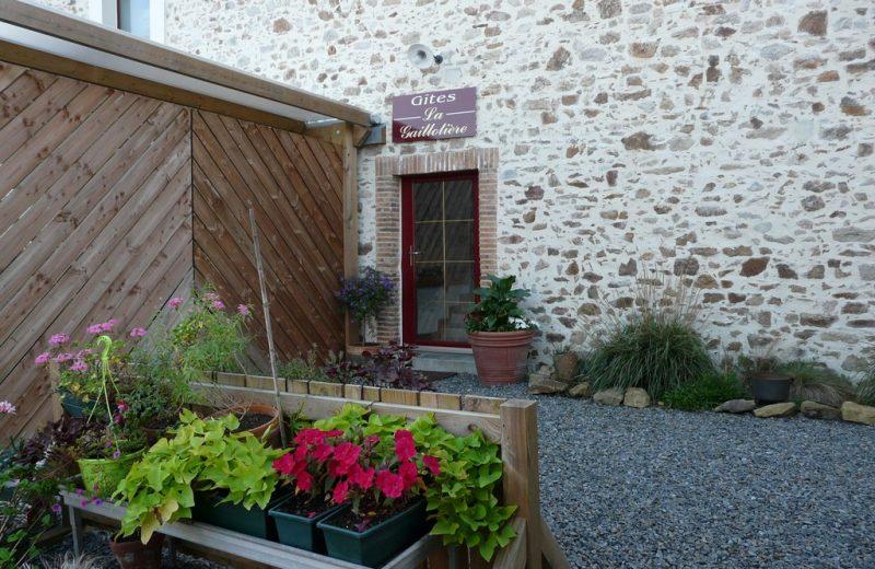 2014-gite-la-cave-la-gaillotière-st-fiacre-44-HLO-entrée des 2 gites