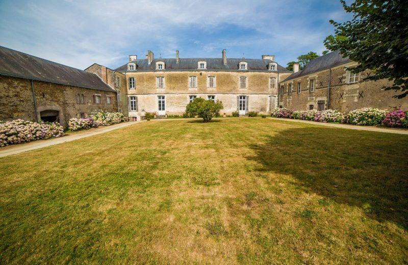 2016-cave-Chateau-du-Coing-Saint-Fiacre-44-levignobledenantes-tourisme-DEG (1)