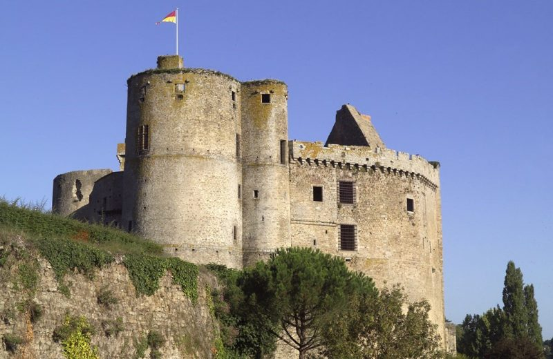 2016-chateau-clisson-44-Pillet-GPLA-levignobledenantes-tourisme