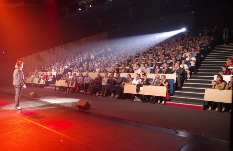Anne Roumanoff La Stella Auditorium 44190 Gorges crédit M.Z.Malaboeuf