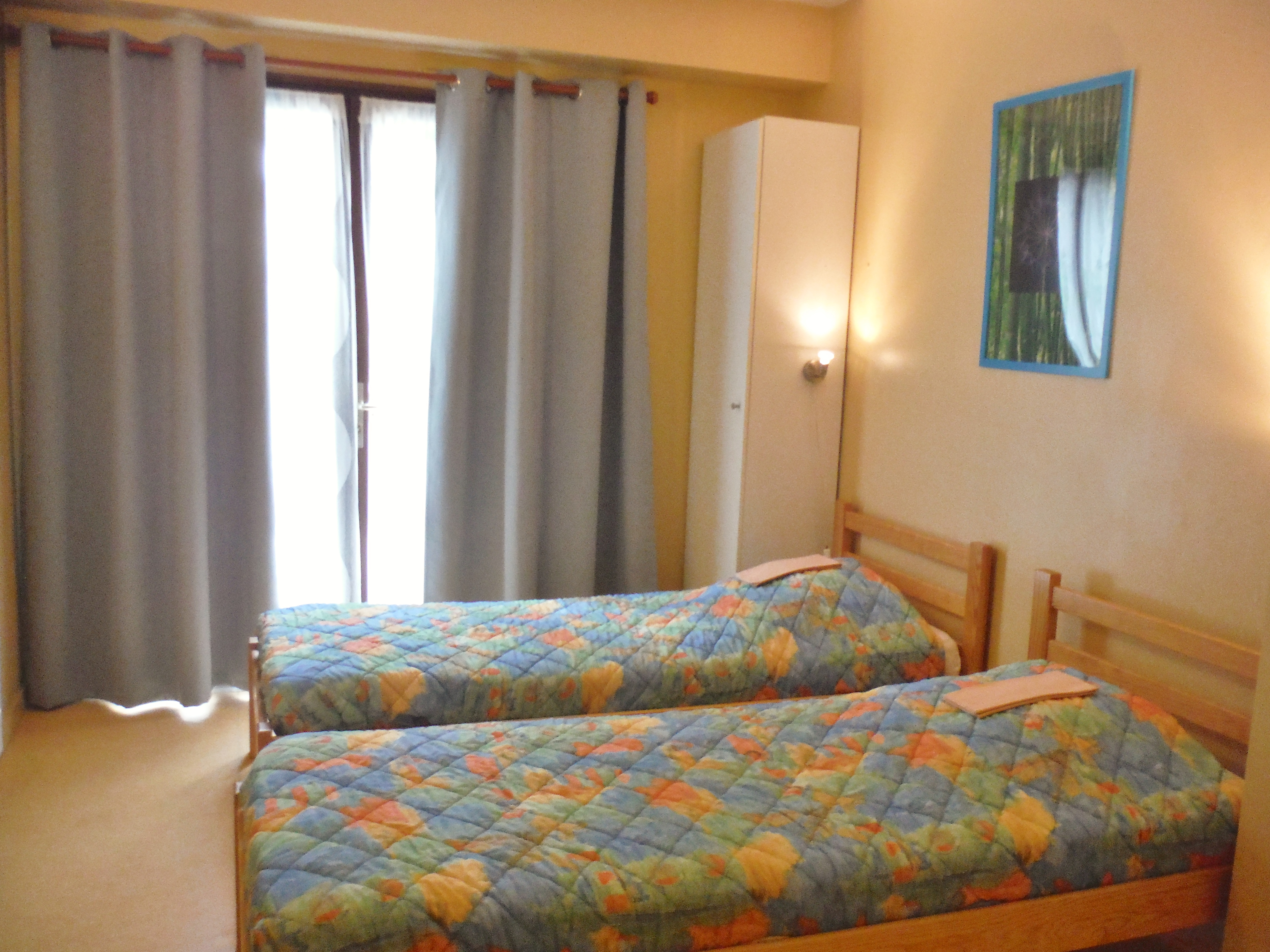 2020-chambre gîte 2/4 places-Gîtes Moulin Neuf-Gétigné-44-levignobledenantes
