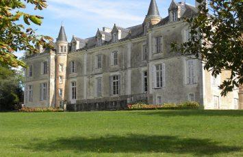 GuideGroupe2018-degustation-prestige-chateau-du-coing-st-fiacre-levignobledenantes