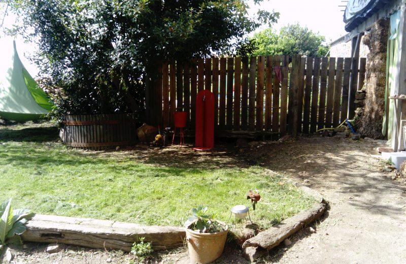 salon-de-the-aux-4-chats-Tente suspendue, et fontaine-maisdon-sur-sevre-44