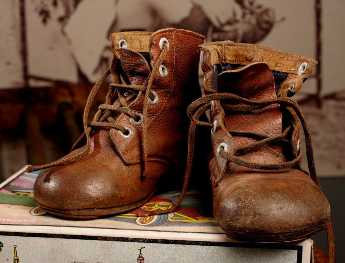 botillons-musee-metiers-chaussure-saint-andre