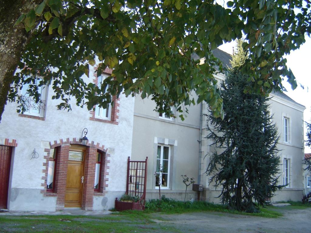 ch-hotes-la -demeure- boussironne-boussay-44-HLO-1